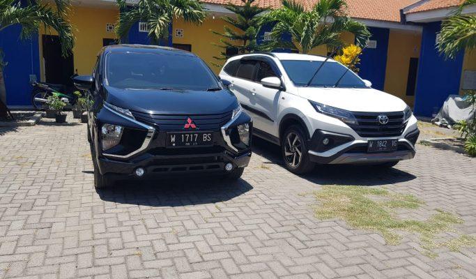 Rental mobil Toyota Rush 2018 di Surabaya